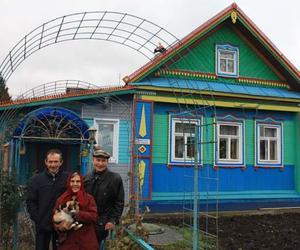 Дом, украшенный резьбой