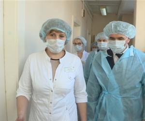 Врио Главы Чувашской Республики проверил готовность акушерского отделения №3 Городской клинической больницы №1 к приёму пациентов с признаками инфекции